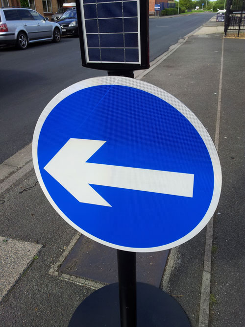 Zeta LED Road Sign