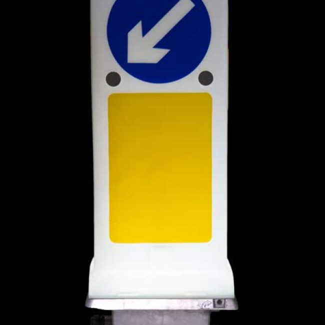 Zeta LED Bollard Uplighter front view lit