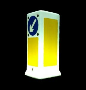 Zeta LED Bollard Uplighter lit