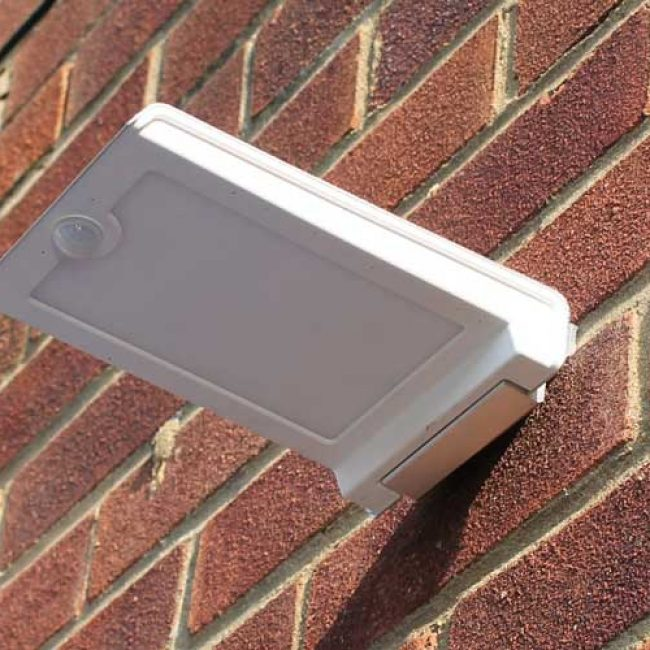 Zeta Wall Mounted Solar LED Light brick landscape