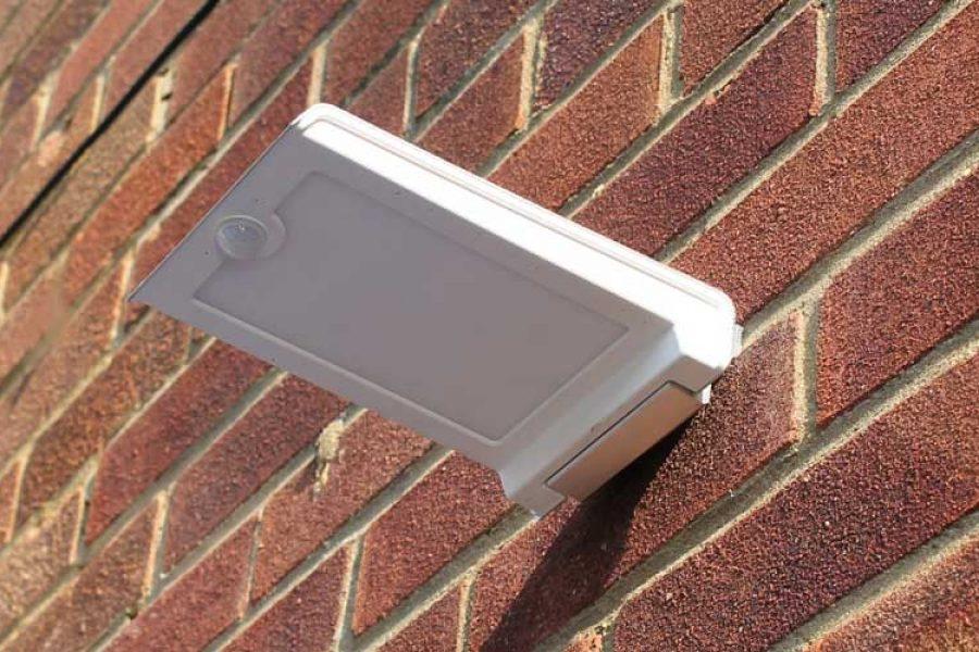 Zeta Wall Mounted Solar LED Light