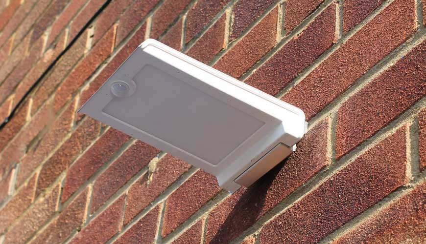 Zeta Wall Mounted Solar LED Light
