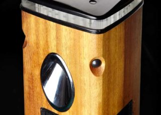 Zeta Specialist Lighting Launches SmartScape Solar Bollard