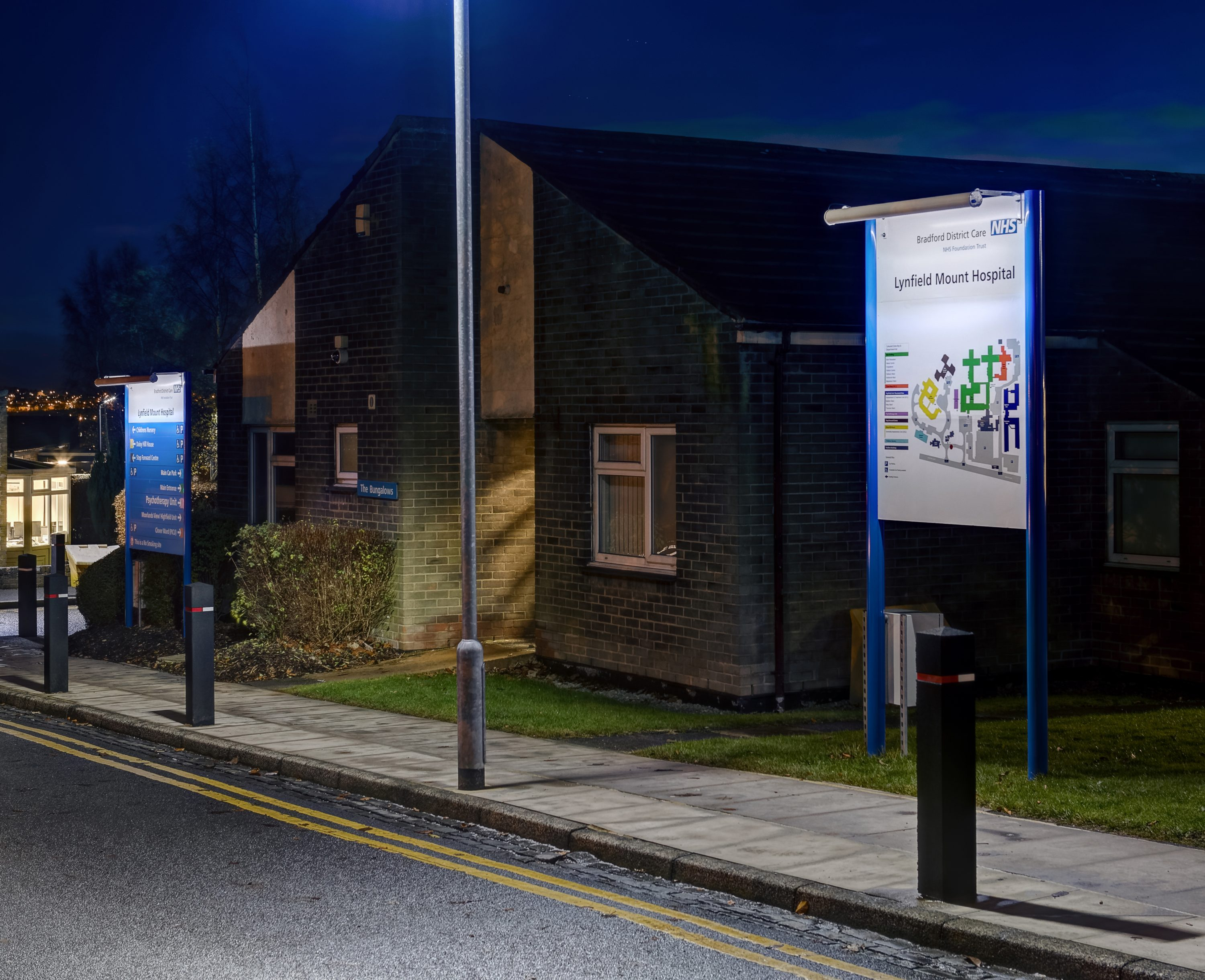 Zeta's ECOLUX SOLAR improves wayfinding at Lynfield Mount NHS Hospital