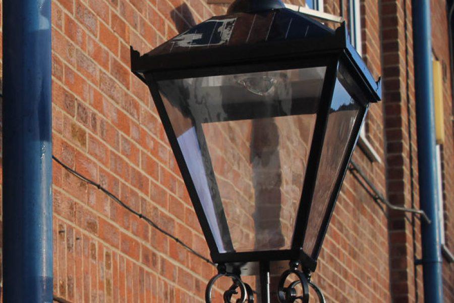 SmartScape Solar Heritage Lantern